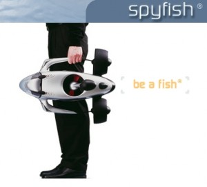 10921_Spy+fish+carriedt